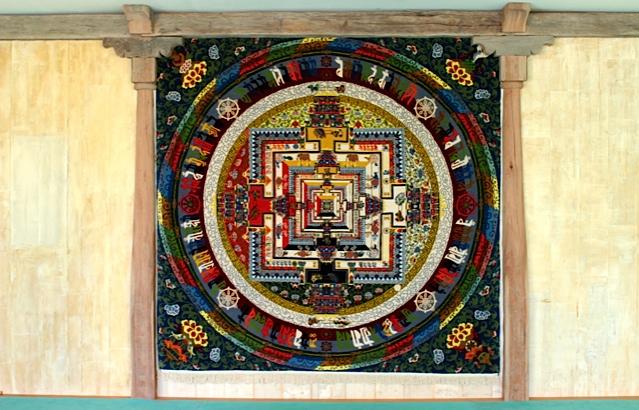 Tapis Mandala du Kalachakra avec la permission de SS le DalaÏ-Lama